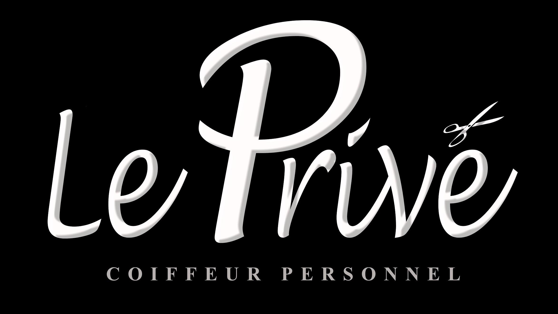 Emilien vous accueille au Privé Coiffeur.
