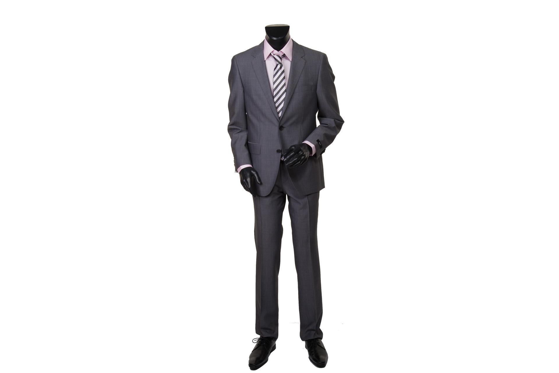 Magasin de prêt a porter de luxe pour hommes, Grands choix de ceintures de luxe pour hommes, cachemires