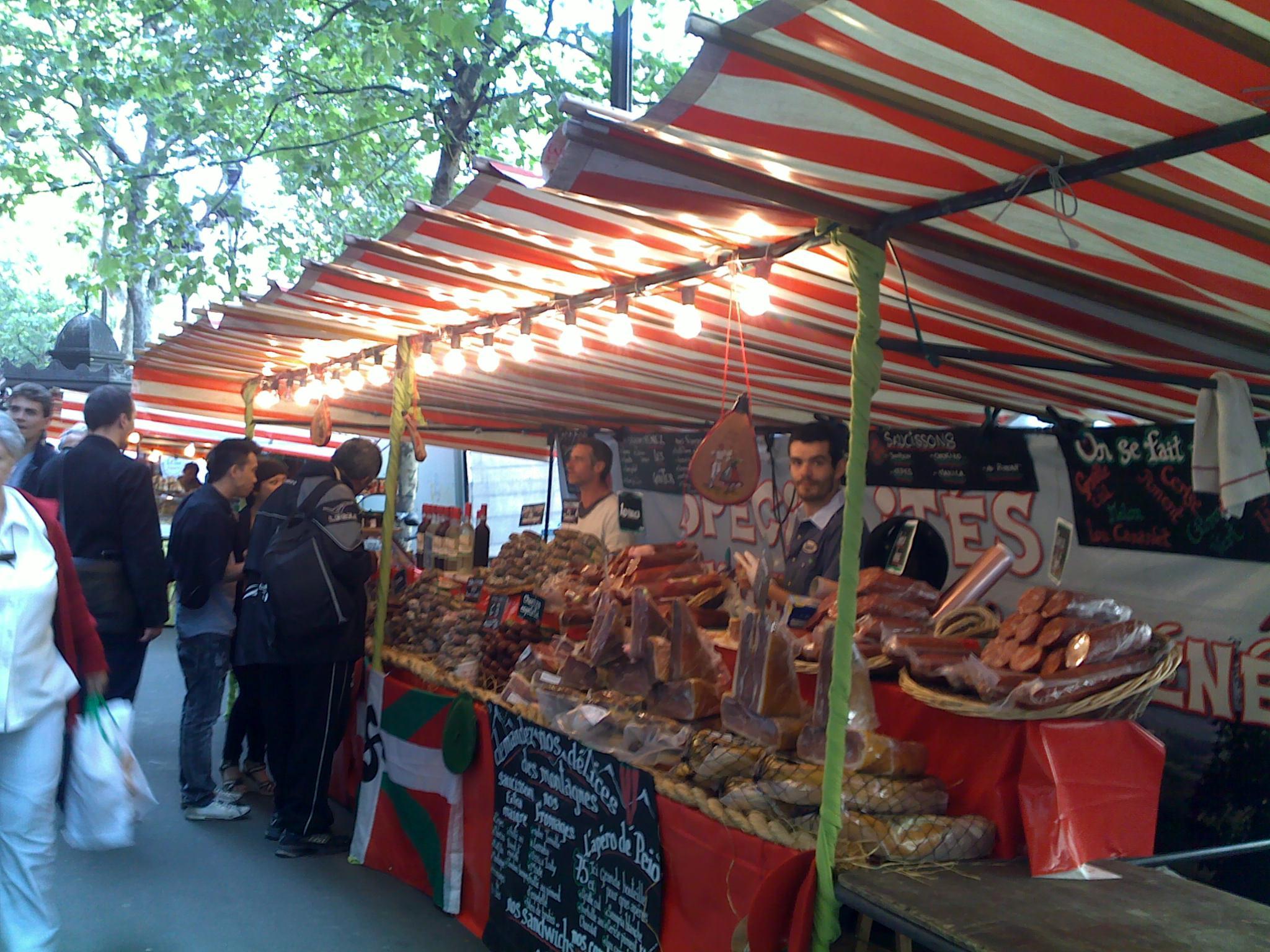 Un marché gourmand sur les grands boulevards !